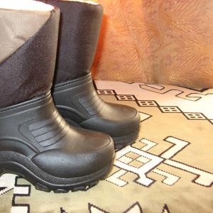Тепленькие,  непромокаемые ботинки цена 165 грн Италия
